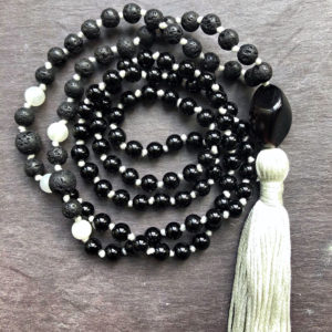 Blackout Sleeper Mala